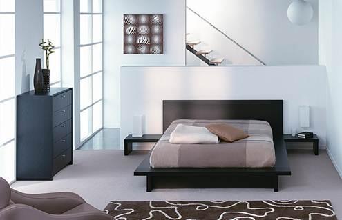 Đối với phòng khách, bạn có thể lát nhiều khổ gạch, có thể kết hợp màu sắc tương phản hay đậm nhạt thật hài hòa.